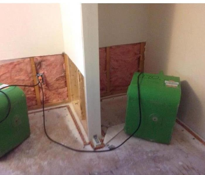 Drying area with air movers